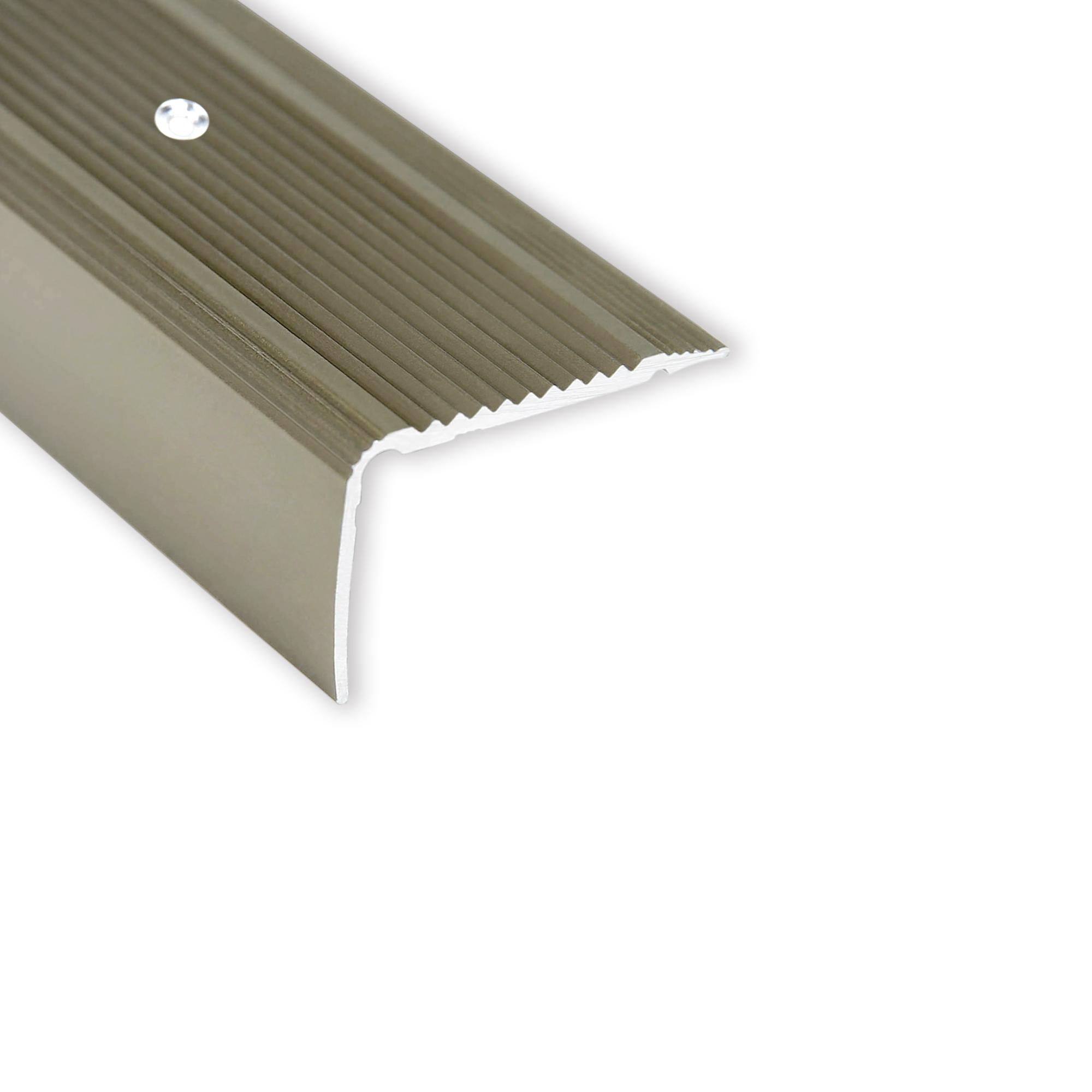 Cornière aluminium pour escaliers nez de marche forme F montage par vis 90 cm